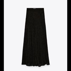 Zara High waisted velvet skirt